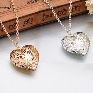 heart Lockett chain necklace
